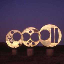 Kinetic disks, stainless steel, each 3' diam.